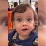 #Video La encantadora reacción de un bebé a su primer taco al pastor