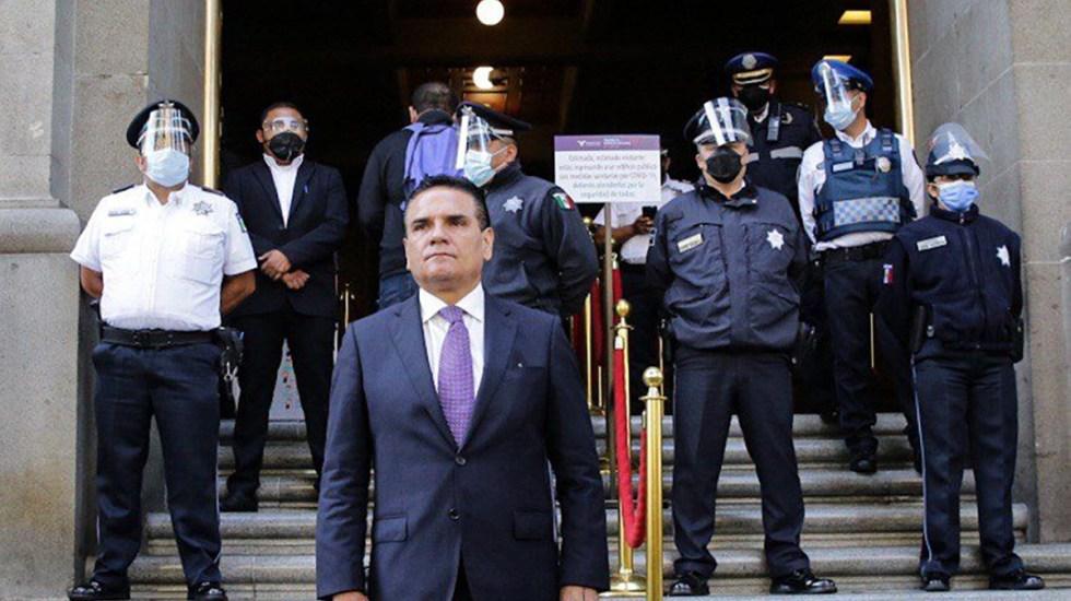 Silvano Aureoles lleva a SCJN presuntas pruebas contra Morena - Silvano Aureoles en SCJN. Foto de @Silvano_A