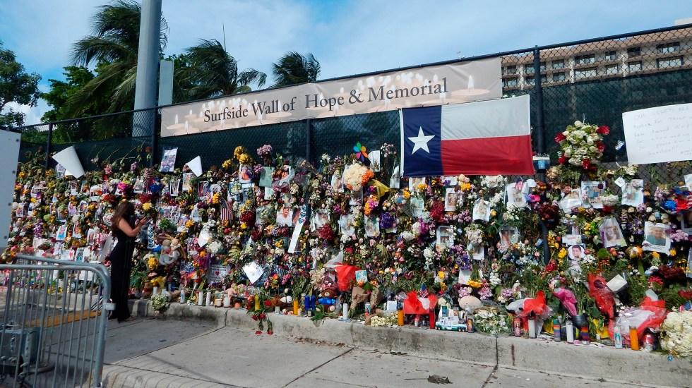 Asciende a 46 número de víctimas por derrumbe en edificio de Miami - Vaya dedicada a víctimas mortales de derrumbe en edificio de Miami. Foto de EFE
