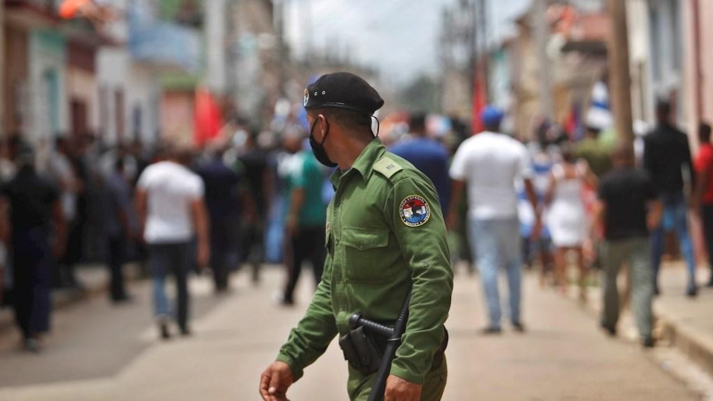 AI reporta represión, detenciones y militares en calles en Cuba - protestas cuba
