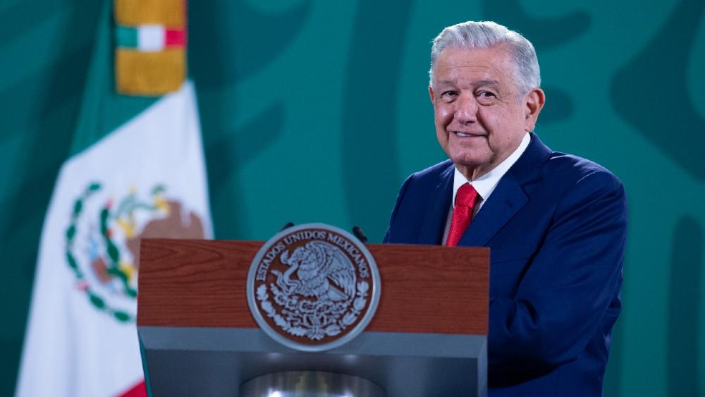 AMLO propondrá a mujer indígena para que sea agregada cultural de México en España - AMLO López Obrador agregada cultural