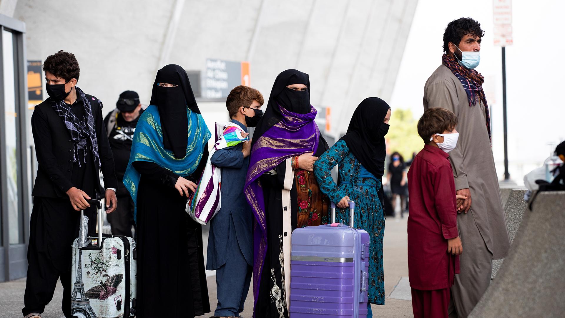 Estados Unidos podría conceder ayuda a talibanes en el largo plazo