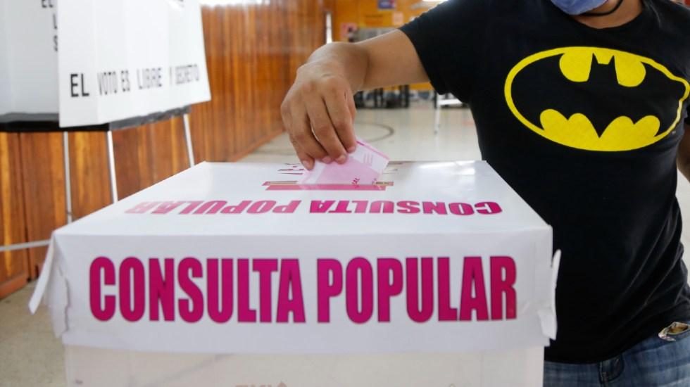"""AMLO reitera reforma electoral tras consulta; """"es el tiempo"""", dijo"""