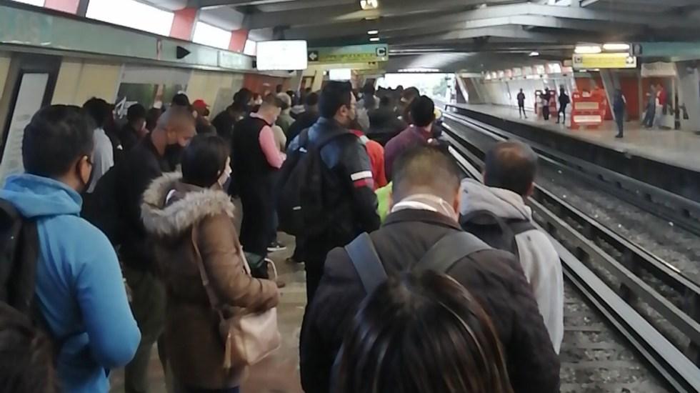 Desmayo de persona paraliza servicio en Línea 4 del Metro - Estación Morelos de la Línea 4 del Metro