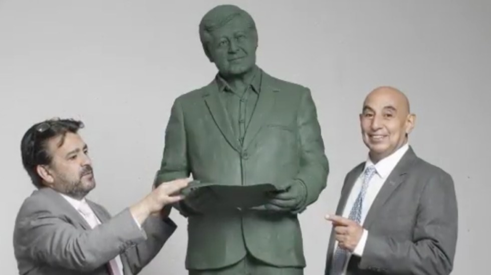 Asociación mexicana 'inmortalizará' a López Obrador en estatua - estatua AMLO López Obrador