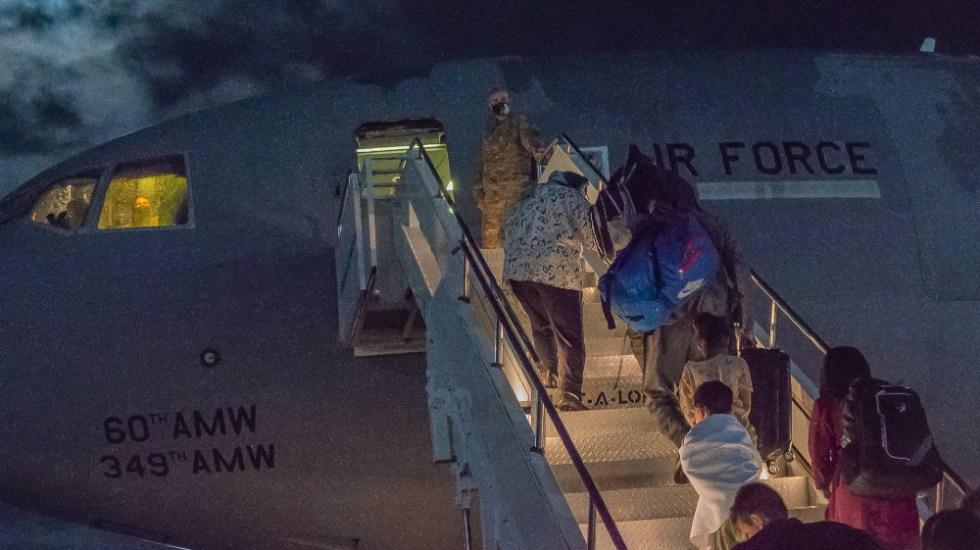 EE.UU. espera evacuar a estadounidenses de Kabul para el 31 de agosto - evacuación estadounidenses Afganistán