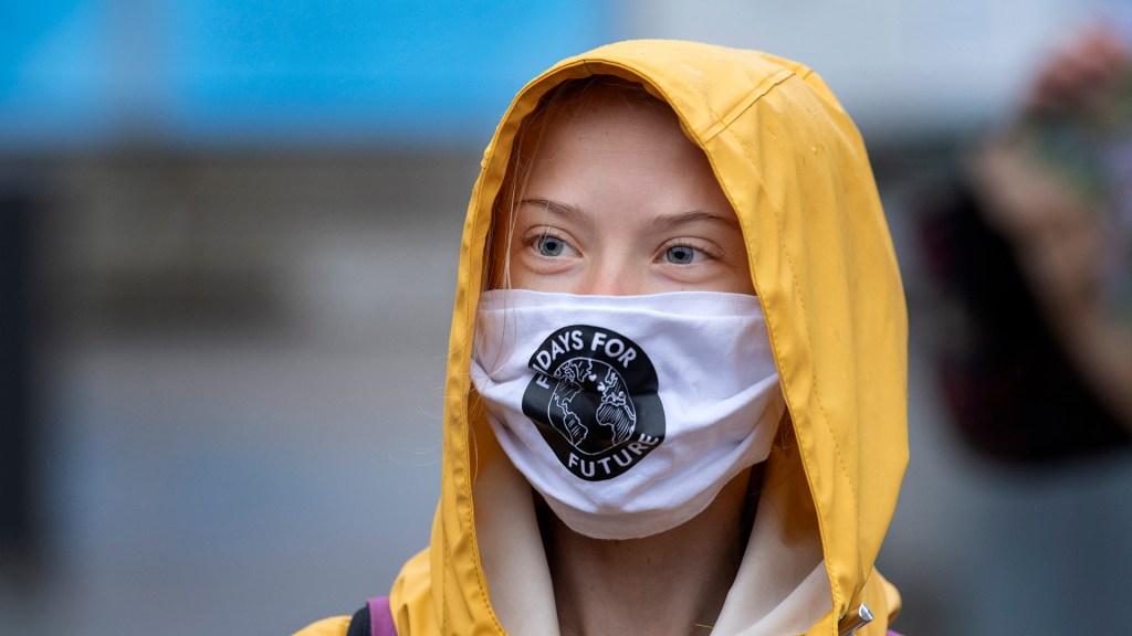 Thunberg ve posible evitar las peores consecuencias de la crisis climática - Greta Thunberg durante manifestación Fridays for Future