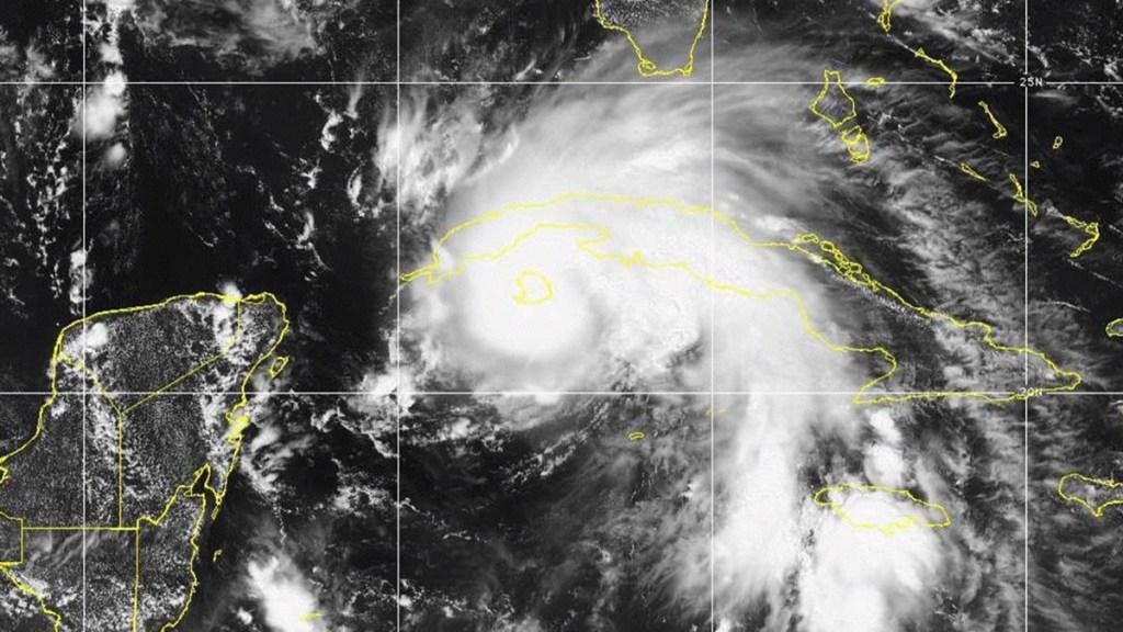 'Ida' se fortalece a huracán mientras avanza hacia Cuba - Huracán Ida