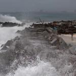 Paro de actividades y ley seca en Quintana Roo ante llegada de Grace