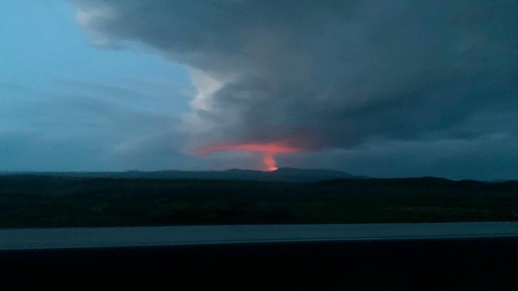 El turismo en tiempos de COVID-19 - La colaboración de @IvonneFridPhotography para López-Dóriga Digital. Volcán Fagradalsfjall en Islandia