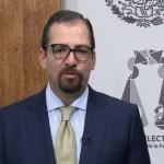 Desconoce Vargas destitución, declara nula la sesión de hoy y pide no generar crisis institucional