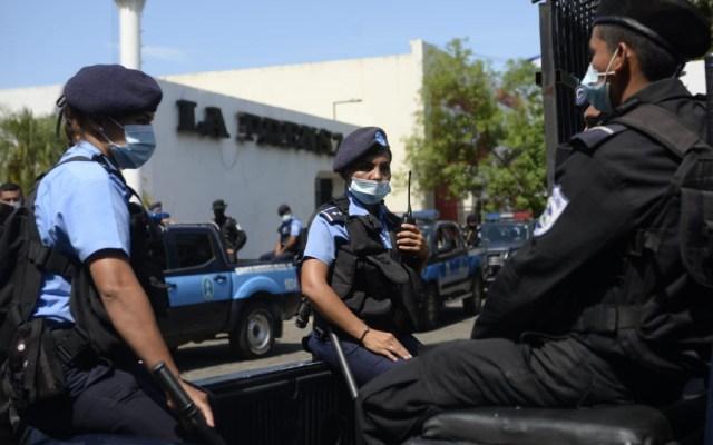 Policía de Nicaragua toma instalaciones del diario La Prensa; acusa fraude y lavado de dinero - La Prensa Nicaragua