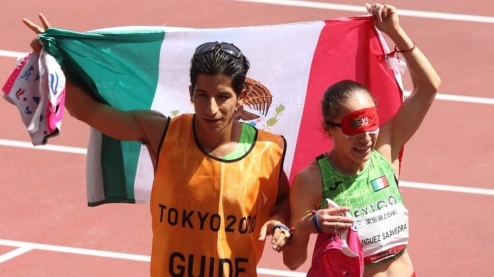 Mónica Rodríguez gana el oro en los mil 500 metros e impone récord - Mónica Rodríguez Tokio 2020