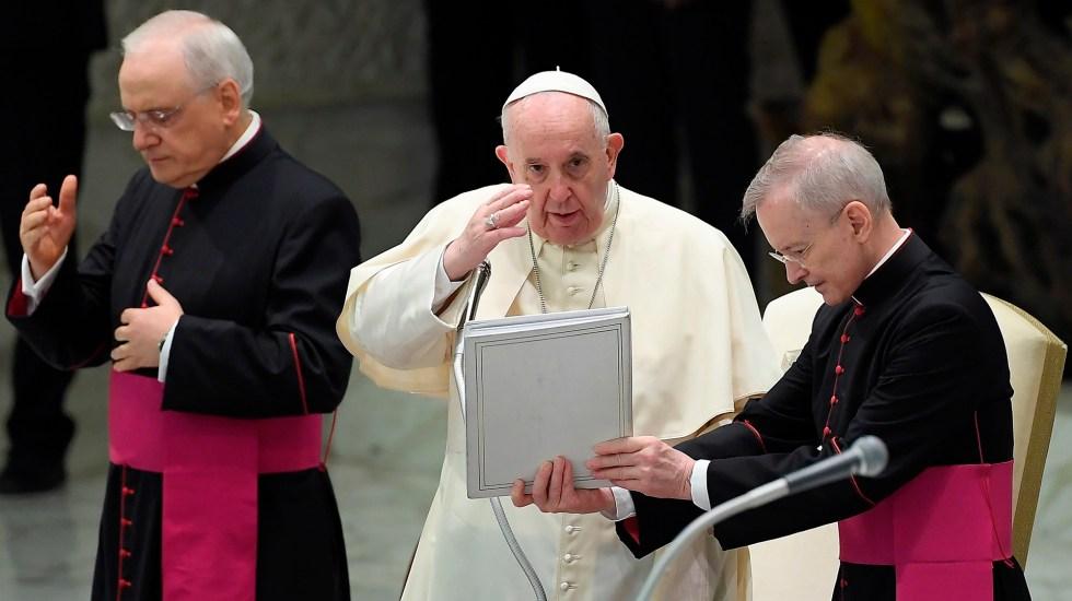 Papa Francisco pide a políticos leyes que protejan de las amenazas de la tecnología - Papa Francisco