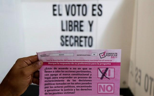 "INE rebate a López Obrador por ""exitosa"" consulta popular - expresidentes consulta popular"