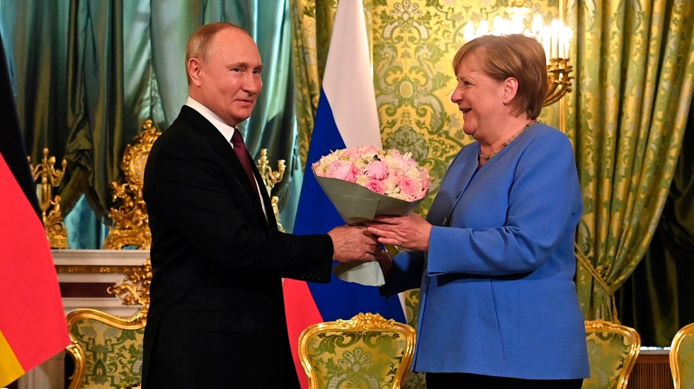 Putin y Merkel, una montaña rusa sin final feliz - Putin y Merkel