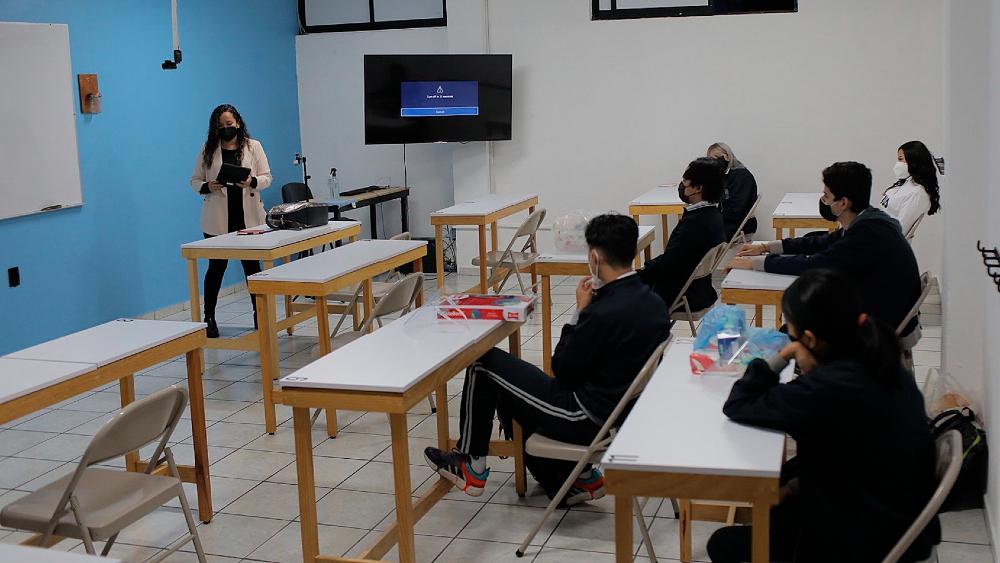Escuelas no son elemento de riesgo por COVID-19, asegura López-Gatell - regreso clases alumnos escuelas Michoacán México
