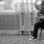 #Video Ricardo Arjona canta en Metro de Nueva York y no lo reconocen