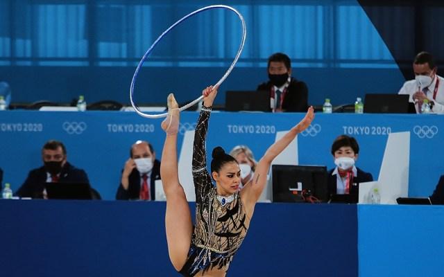Rut Castillo hace historia al llevar la gimnasia rítmica de México a unos Juegos Olímpicos - Rut Castillo durante su rutina con aro