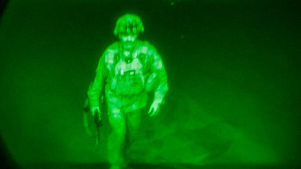 Un mayor general fue el último soldado de EEUU en salir de Afganistán - último soldado EEUU Afganistán