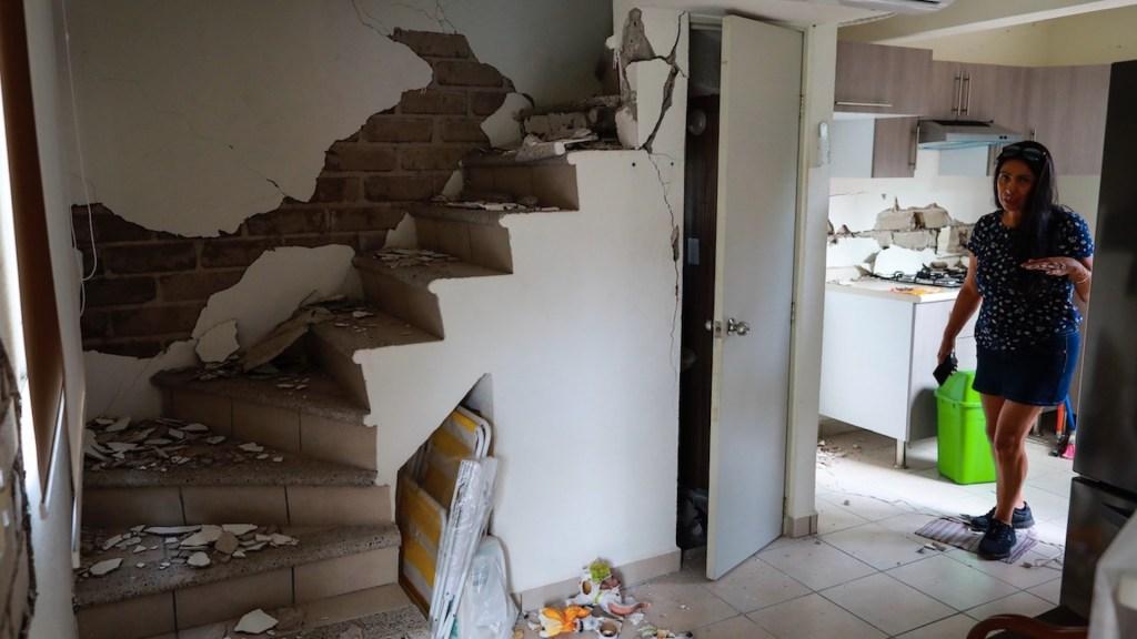 Cerca de 600 casas quedaron inhabitables tras sismo en Acapulco - Cerca de 600 casas quedaron inhabitables tras sismo en Acapulco. Foto de EFE