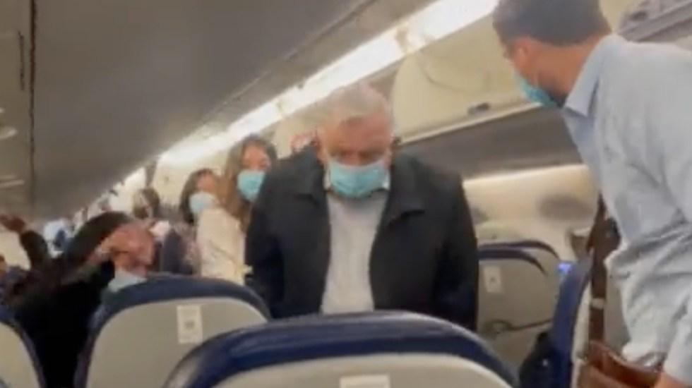 #Video Viaja López Obrador y comitiva a Sonora para reunión con yaquis - AMLO López Obrador avión cubrebocas