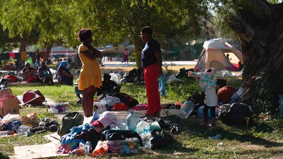 Estados Unidos prevé disolver campamento de migrantes haitianos en dos días - Campamento de migrantes en frontera de Coahuila con Texas