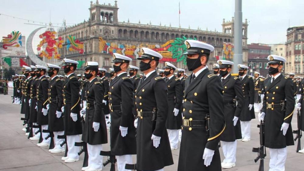 Todo está listo en el Zócalo para el desfile militar del 16 de septiembre - desfile militar Independencia México 2021