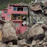 #Videos Se registra derrumbe cerro del Chiquihuite y rocas aplastan casas; hay 4 personas desaparecidas