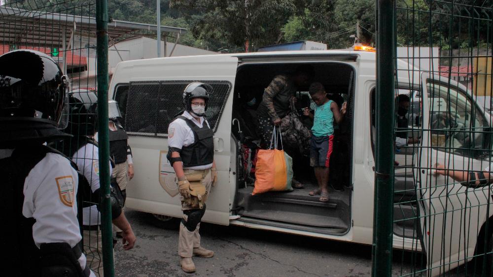 Guardia Nacional detiene a 150 migrantes haitianos en frontera - haitianos Guardia Nacional Migración