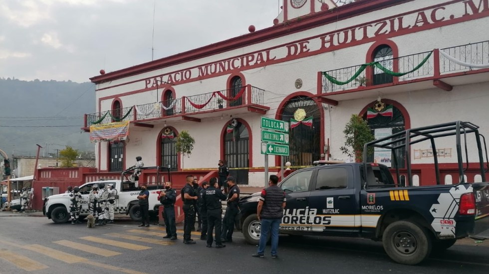 Pobladores de Huitzilac queman a sujetos acusados de intentar secuestrar a menores - Huitzilac Morelos Palacio Municipal
