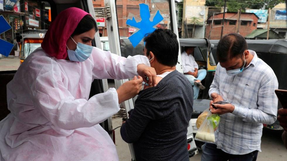 India registra menos de 20 mil casos de COVD-19 por primera vez en 6 meses - India vacunación anticovid