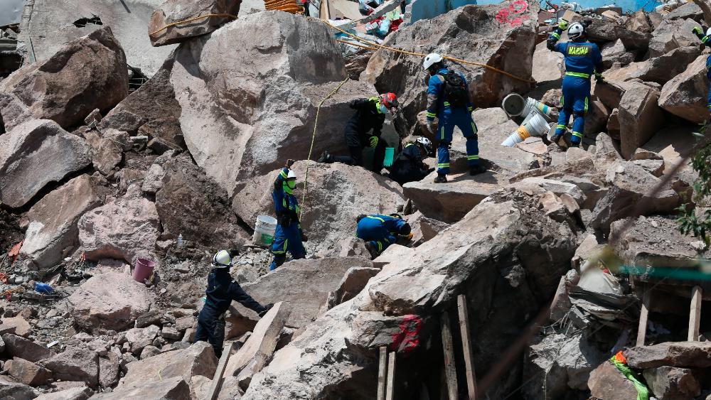 labores derrumbe Chiquihuite Edomex Tlalnepantla cuerpos