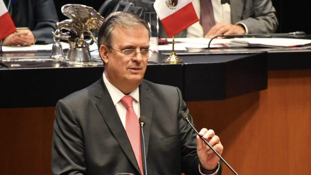 """""""La voz de México cuenta y se le respeta"""": Ebrard en el Senado - Marcelo Ebrard ante el Congreso. Foto de Twitter SRE"""