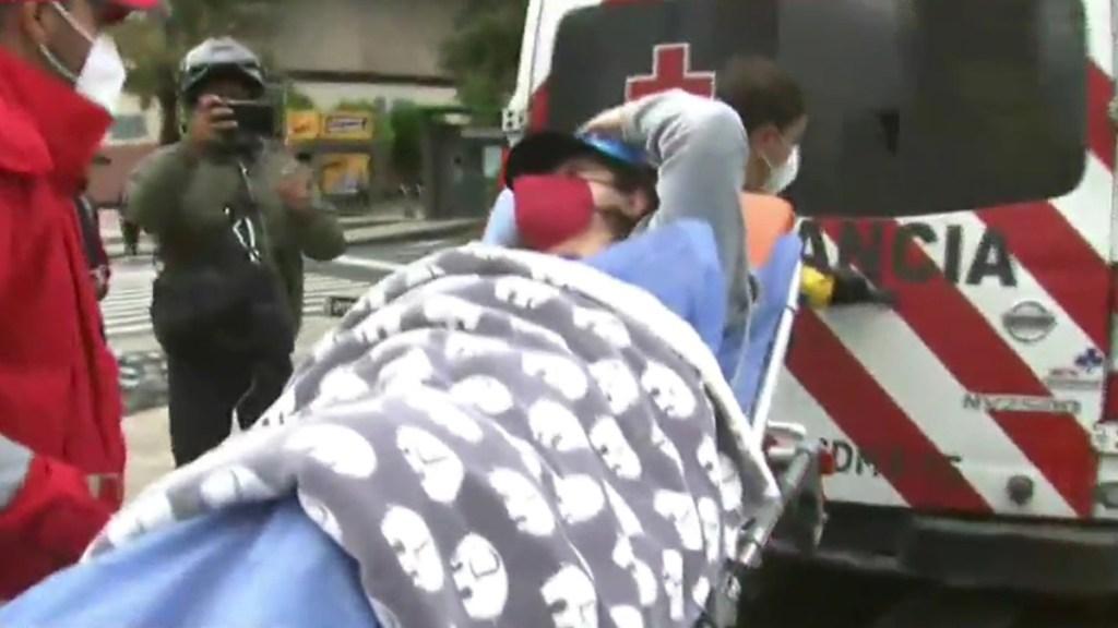 #Video Mujer da a luz sobre Paseo de la Reforma a bordo de su auto - Mujer que dio a luz sobre Paseo de la Reforma