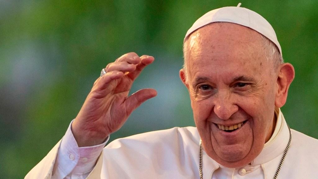 Papa Francisco invita a jóvenes a ser fieles y no banalizar el amor