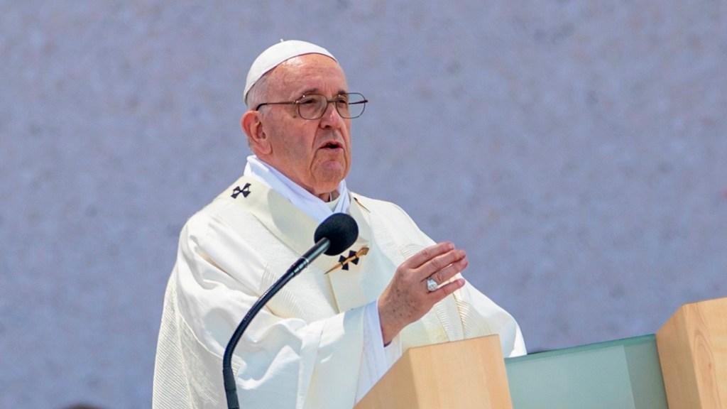 """Papa Francisco reconoce que a la Iglesia le """"asusta acompañar a gente con diversidad sexual"""" - papa francisco"""