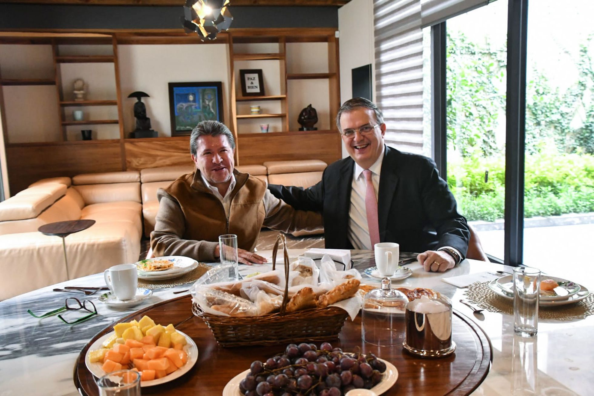 Ricardo Monreal y Marcelo Ebrard.