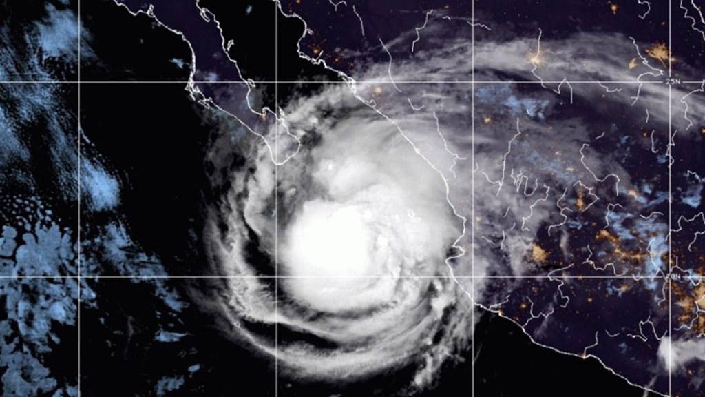 'Olaf' podría fortalecerse a huracán este jueves; ocasionará lluvias en cinco estados - Tormenta tropical Olaf