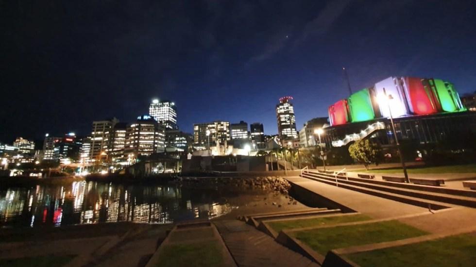 #Fotos y #Videos Celebran la Independencia de México en el mundo - Wellington, Nueva Zelanda. Foto de Twitter Marcelo Ebrard