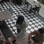 #Video Asaltante armado roba reloj en Polanco a comensal de restaurante