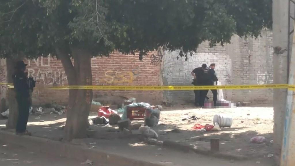 Asesinan en lote baldío de Irapuato a tres hombres y una mujer - Asesinato de cuatro personas en lote baldío de Irapuato