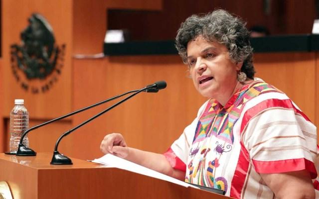 Senadora Beatriz Paredes sufre accidente automovilístico; se fracturó el tobillo - Beatriz Paredes senadora