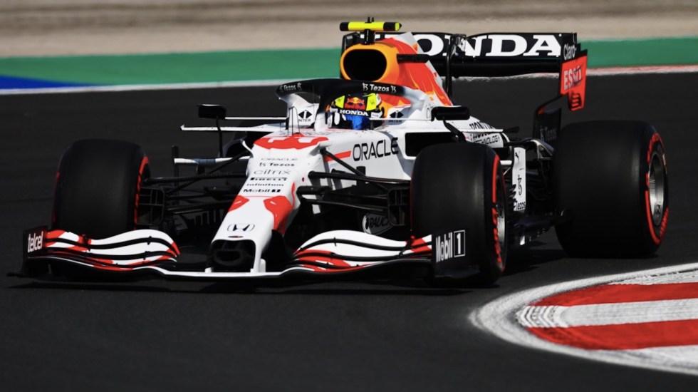 Bottas saldrá primero en Turquía tras sanción a Hamilton; 'Checo' Pérez será sexto - Bottas saldrá primero en Turquía tras sanción a Hamilton; 'Checo' Pérez será sexto. Foto de Twitter Checo Pérez