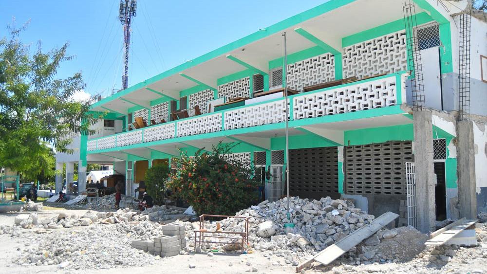 Sur de Haití reanuda clases tras terremoto, pero sin aulas Cancún urbano