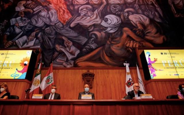 Los escritores Paul Auster, Ken Follett y Diamela Eltit encabezan la edición 35 de la mexicana FIL Guadalajara - Foto de EFE