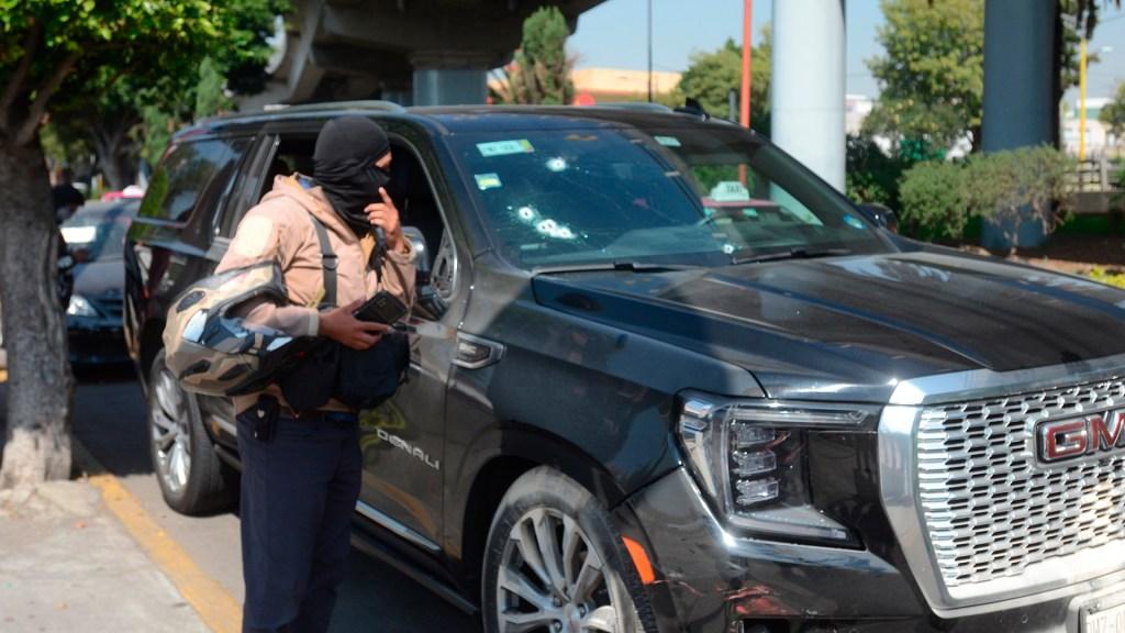La Unión Tepito, detrás de ataque a empresario restaurantero - Impactos de bala en camioneta de empresario restaurantero tras ataque. Foto de EFE