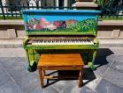 piano dans la rue-imagesAKMA3GA2-min