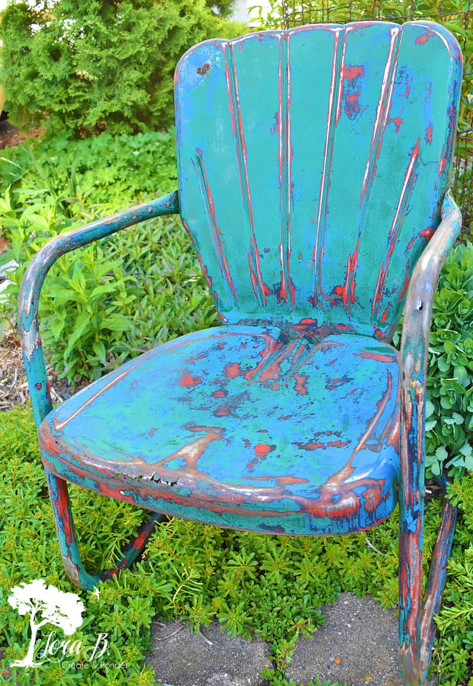 enjoy vintage metal lawn chairs