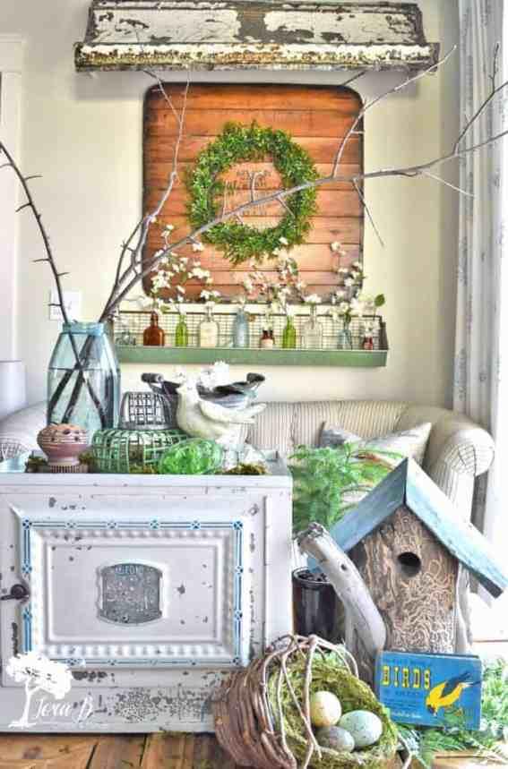 Spring decor, vintage style
